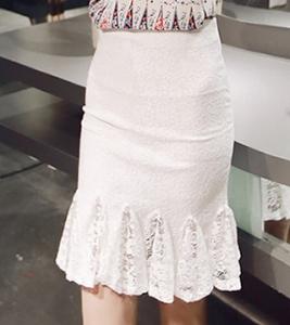 Chân váy YC35 : Váy ren hoa xòe đuôi cá